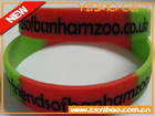 silicone wristbands breast cancer treat with logo debossed for giveaways