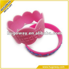 2012 high quality embossed logo silicone bracelet