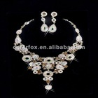 Gorgeous Crystals Diamonds Bridal Wedding Jewelry Necklace (COLORFOX-NL-003)