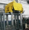 special hoist device for graphite production