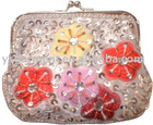 Beautiful and fashion beaded bag with flower designs supply