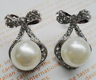 elegant bow shape crystal earring with big pearl