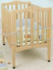 Folding baby cot