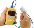 Fingertip pulse oximeter/oximetry