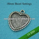 18mm Heart Pendant Settings, 18mmmm Heart Blank Pendant Trays to Match Clear Glass Cabochons Great for Photo Pendant Making