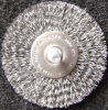 Circular brush-crimped wire with shank