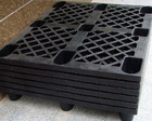Beverage layer pads and trays(corrugated plastic)