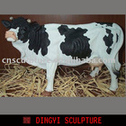 resin vivid cow sculpture for decoration