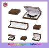 Brown wood decorating small jewelery box