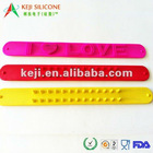 cheap silicone slap bracelets for gifts