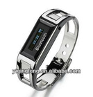 2012 latest bluetooth bracelet watch with vibrating