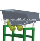 Rectangular vibrator feeding conveyor