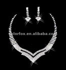 Gorgeous Crystals Diamonds Pearl Bridal Wedding Jewelry Necklace (COLORFOX-NL-010)