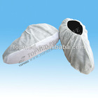 Disposable shoe cover with antislip