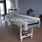 Easy to operate slat conveyor