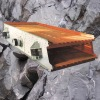 Easy maintenance Stone vibrating mining screen machine