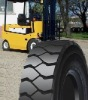 Pneumatic forklift tyre