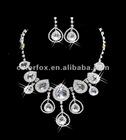 Gorgeous Crystals Diamonds Pearl Bridal Wedding Jewelry Necklace (COLORFOX-NL-022)