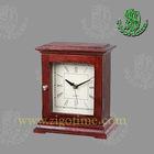 Wood table quartz clock