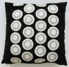 2011 new design of embroidery and appilque circle cushion