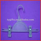 plastic clip hanger