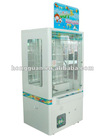 Macrown vending machine redemption game pushing game machine
