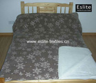 100% Polyester Microfibre Snowflake Blanket