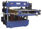 Downward hydraulic press die cutting machine