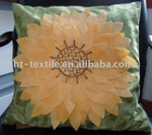 2011 new design of embroidery and appilque decorative cushion