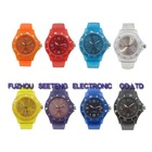 Promotional cheap silicone wrist watch in many colors