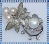 button shape fresh water white pearl brooch with alloy metal