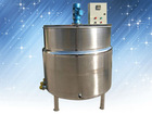 Electrically heated mixing tank