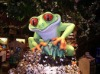 Rainforest restaurant indoor decoration fiberglass frog man model