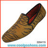 tiger print men velvet loafer shoes factory in guangzhou