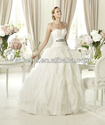 PW0004 New Arrival Beautiful strapless feather neckline ballgown style skirt bridal wedding dress