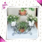 Metal wire flower stand