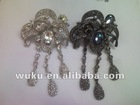 flower design crystal metal brooch