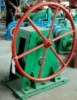 Hand operate gate valve hoist / windlass