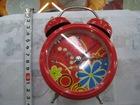 Alarn clock on desk