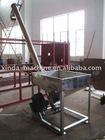 Plastic feeding machine