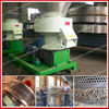 Flat-die wood pelletizing machine
