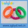 Color changing silicone wristbands