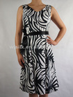 Girl dress in printed woven fabric