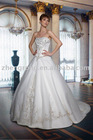 Free shipping The Newest Style Elegant Embroidered wedding gown