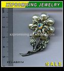 2012 new style Fashion Pearl Dress Pins Alloy Brooch