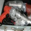 extruder gun for conveyor belt maintenance