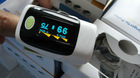 fingertip pulse oximeter with OLED screen display direction change automatic