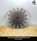 Curved cutting blade