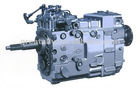 SINOTRUK HOWO gearbox / transmission