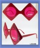 red rhombus party glasses